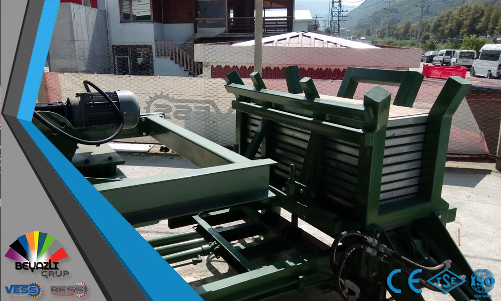 PALLET-FEEDING-SYSTEM-OF-COMPACT-BLOCK-MACHINE.jpg
